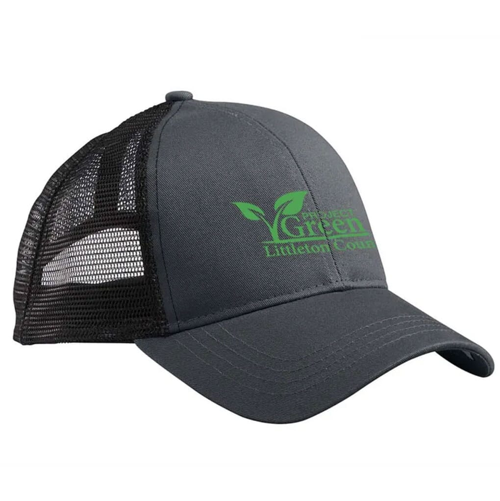 trucker cap made of organic cotton and recycled polyester