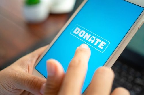 Donating to fundraisers online