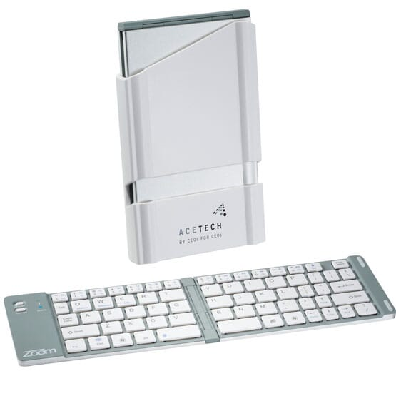 Customized travel bluetooth keyboard
